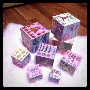 🦋2/$10 3/$15 4/$18 5/$20 Vintage 80s Blocks